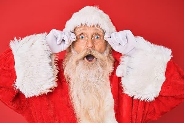 Erstaunter Weihnachtsmann